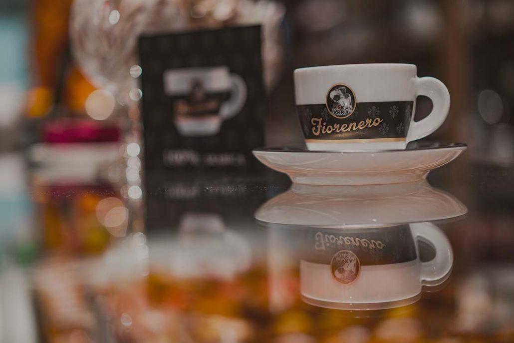 Tazzina di caffè Fiorenero